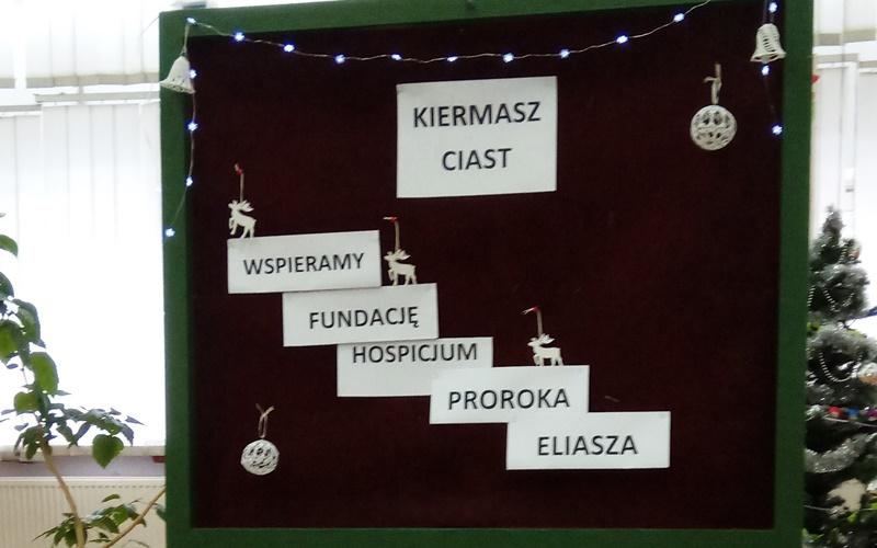 Uczniowie zKleszczel dla hospicjum